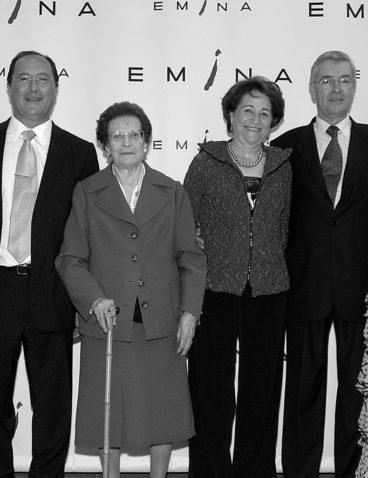 Durante la inauguración de Bodega Emina Ribera