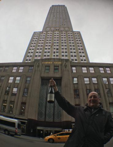 Durante un viaje a Estados Unidos, a los pies del Empire State