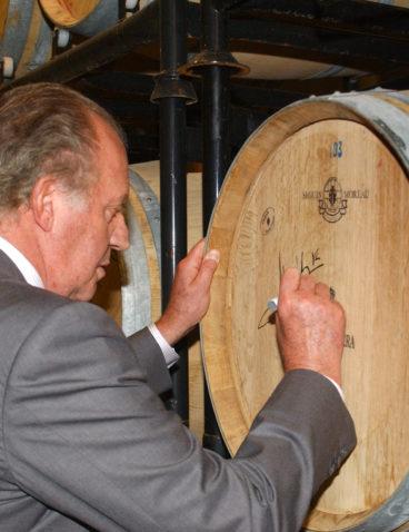 Juan Carlos I en su primera visita a Bodega Matarromera
